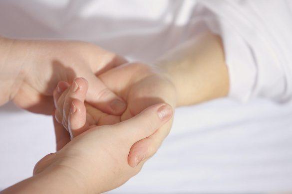 Les bienfaits du massage des mains